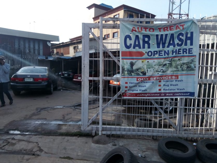 Start a Car Wash Business And Smile Regularly to the Bank